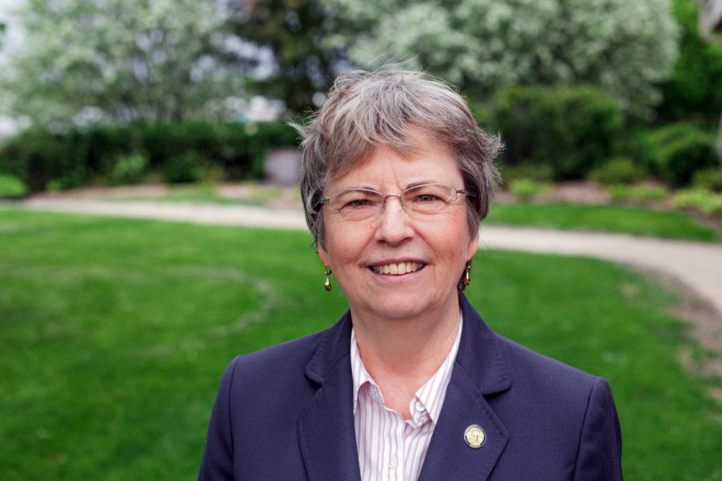 Carolyn Laine